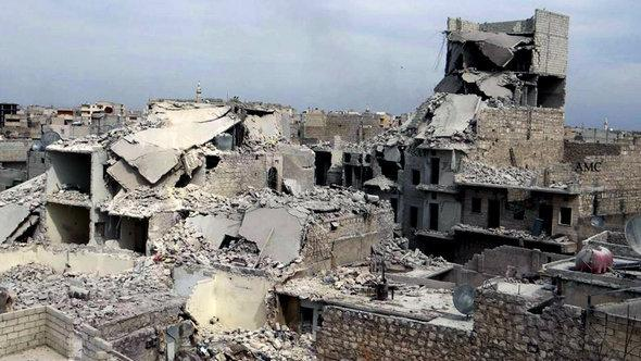 Destroyed buildings in northern Aleppo (photo: picture-alliance/AP)