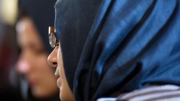 إحدى المسلمات في مسجد تركي في برلين. د ب أ