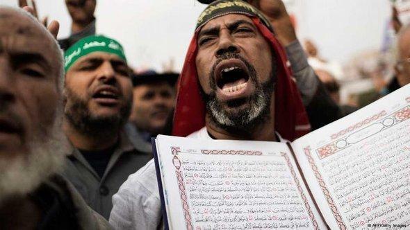 من أنصار الإخوان المسلمين في القاهرة.  أ ف ب غيتي إميجيس