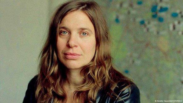 Britt Beyer (photo: Annette Hauschild/OSTKREUZ)