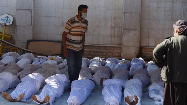 من ضحايا الغاز الكيماوي قرب دمشق. © Reuters