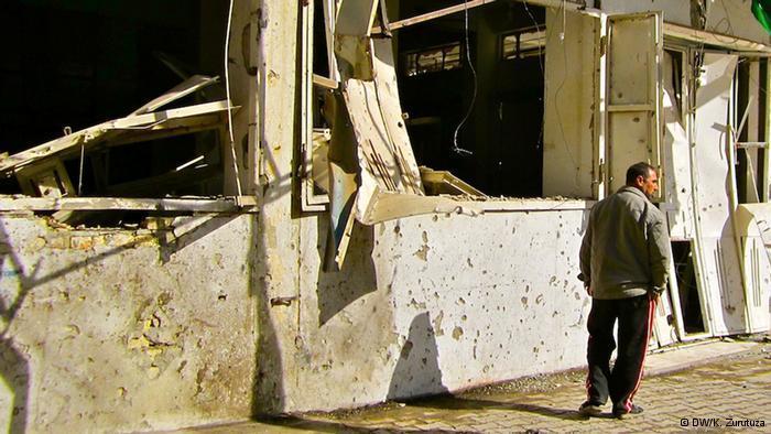 خراب في شوارع العراق نتيجة الحروب. DW/K. Zurutuza