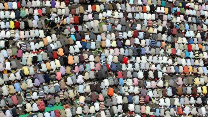 صلاة الجمعة في ميدان التحرير بالقاهرة. Foto: Reuters