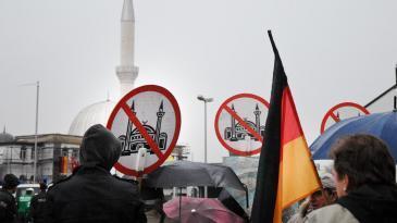 مظاهرات مناوئة للمسلمين في ألمانيا في 26 مارس/ آذار 2013 . photo: picture-alliance/dpa