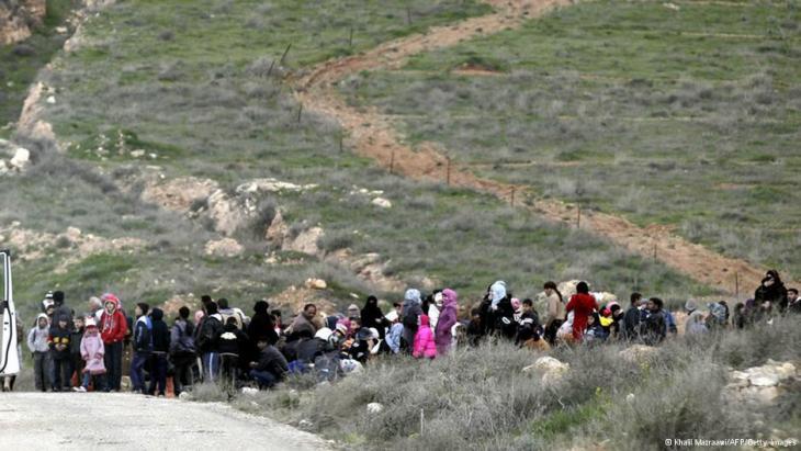 من تدفق اللاجئين السوريين على الحدود الأردنية