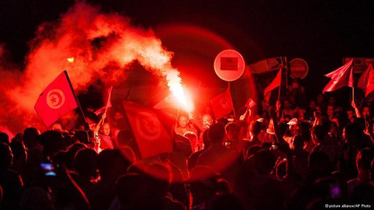 أزمة حادة في تونس