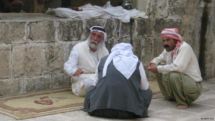 من أبناء الطائفة الأيزيدية في العراق