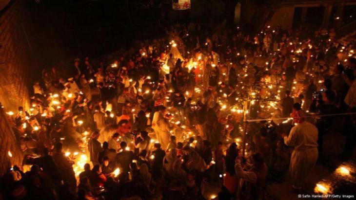 احتفال الأيزيديين بيوم الأربعاء الأحمر