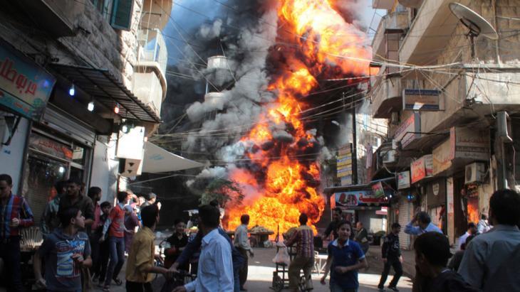 انفجار في أحد أحياء حلب. Foto: Reuters