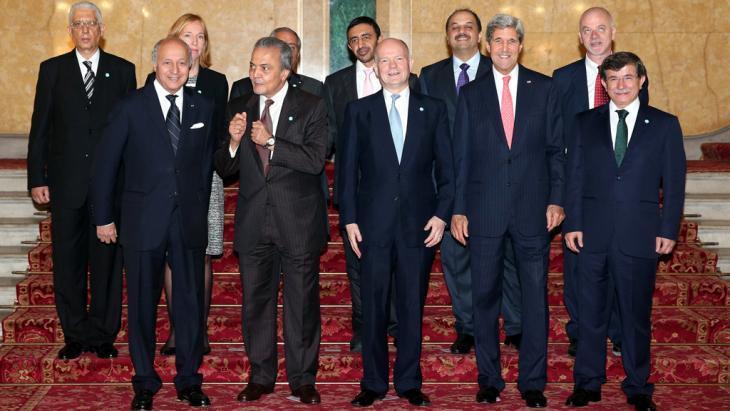 الدبلوماسيون المشاركون في مؤتمر أصدقاء سوريا في لندن 22 / 10 / 2013. Foto: Oli Scarff/AFP/Getty Images
