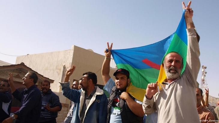 مجموعة من الأمازيغ يطالبون بالمزيد من الحقوق في ليبيا