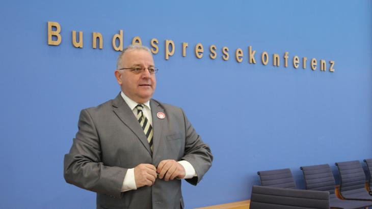 رئيس الجالية التركية في ألمانيا كنان كولات. Foto: dpa/picture-alliance