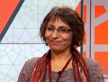 """فيولا شفيق مخرجة الفيلم الوثائقي """"أريج"""""""
