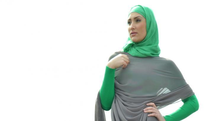 أزياء للمصممة الشيشانية بلقيس بخرشييفا. Foto: Zabbary.eu