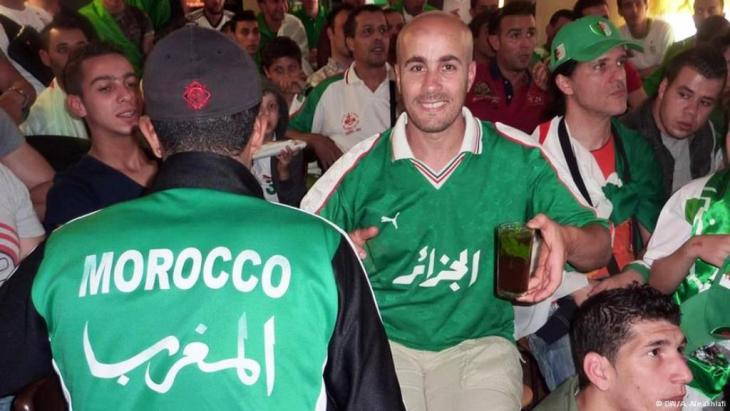 مشجعون من الجزائر والمغرب وتونس في مدينة كولونيا الألمانية