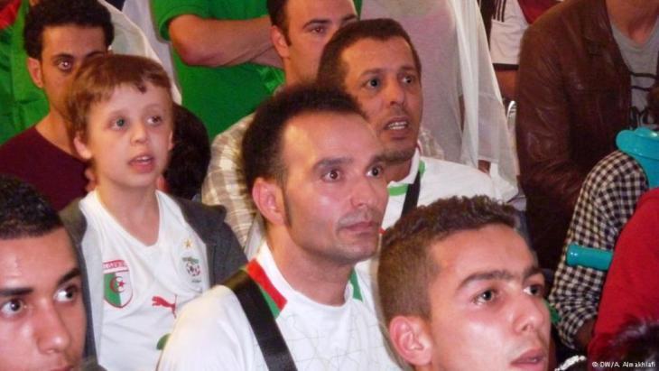 مشجعون للمنتخب الجزائري في كولونيا