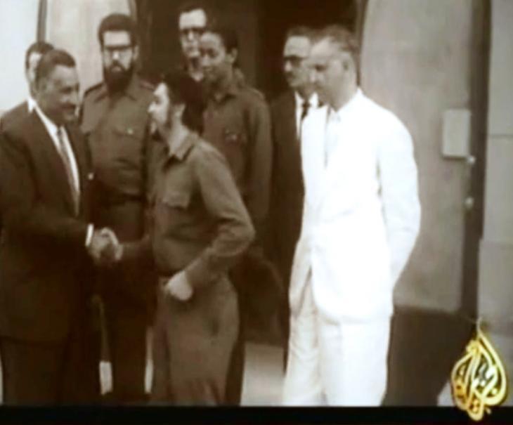 تشي غيفارا زار الرئيس المصري الأسبق جمال عبد الناصر في مصر عام 1959