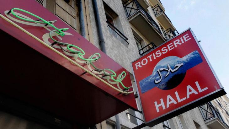 Halal-Metzgerei in Paris; Foto: Michel Euler/AP/dapd