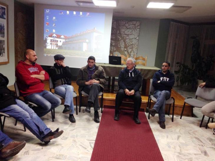 قام الأستاذ محمد الدجاني الداودي بزيارة في شهر آذار/ مارس الماضي 2014 إلى مدينتي كراكوف وأوشفيتز البولنديّتين برفقة سبعة وعشرين شابًا فلسطينيًا. Foto: privat