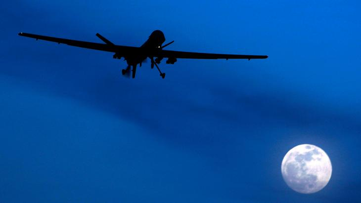 US-amerikanische Drohne vom Typ MQ-1 Predator über Afghanistan; Foto: picture-alliance/AP