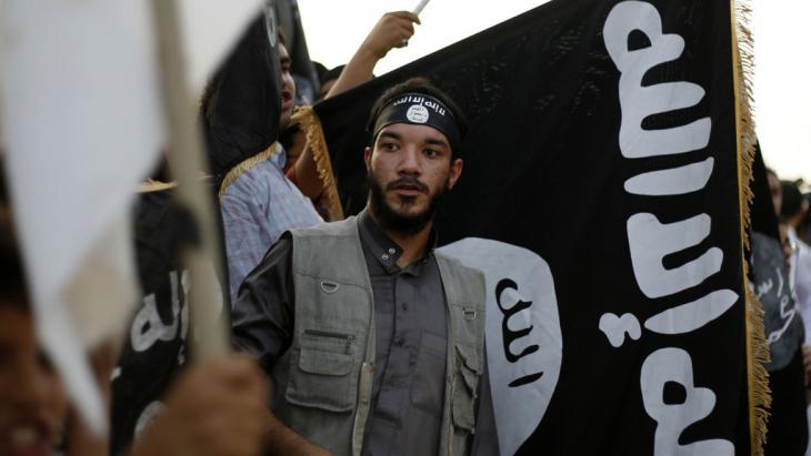 "Islamische ""Ansar al-Sharia""-Brigaden in Libyen; Foto: picture alliance/AP"