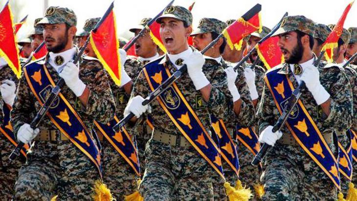 جنود إيرانيون في طهران.  AFP Getty Images