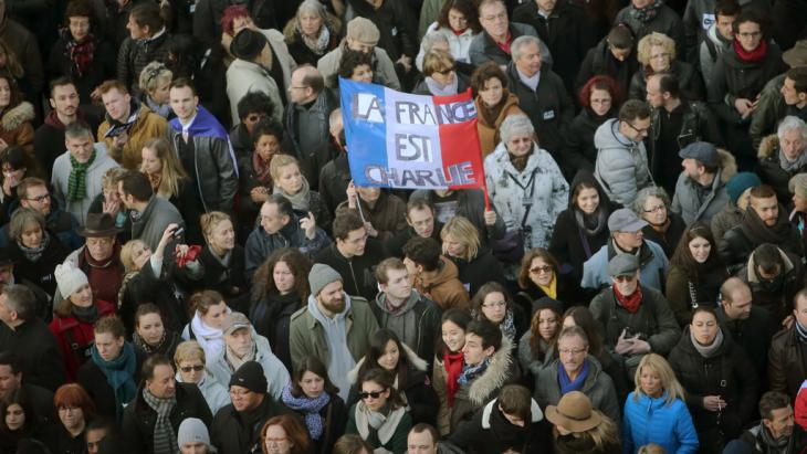 """Trauermarsch für die Opfer der Anschläge auf """"Charlie Hebdo"""" am 11.01.2015; Foto: dpa/picture-alliance"""