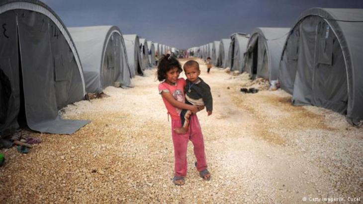 أحد مخيمات اللاجئين السوريين