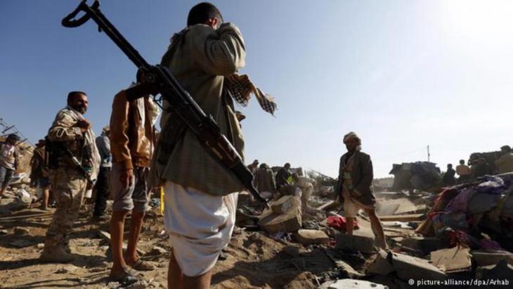 """""""عاصفة الحزم"""" تدمر مواقع موالية للحوثي وصالح"""