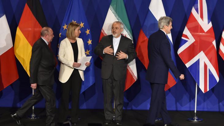 Abschlusserklärung der fünf Vetomächte des UN-Sicherheitsrats, Deutschlands und des Irans in Lausanne am 2. April 2015; Foto: Getty Images/AFP/F. Coffrini