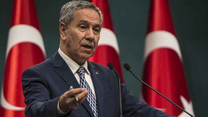 نائب رئيس وزراء تركيا بولنت أرينج. Ankara, 9 March 2015 (photo: picture alliance/AA/Ozge Elif Kizil)