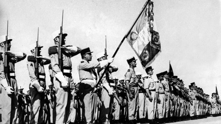 الفيلق الأجنبي الفرنسي في الجزائر عام 1962. Foto: picture-alliance/ dpa