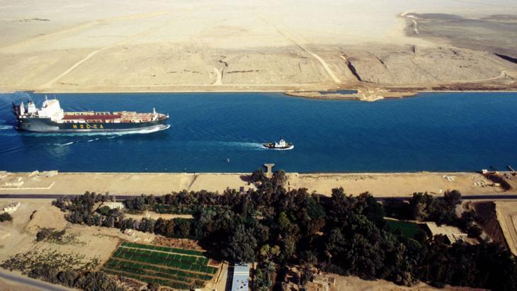 Suezkanal; Foto: imago/CHROMORANGE