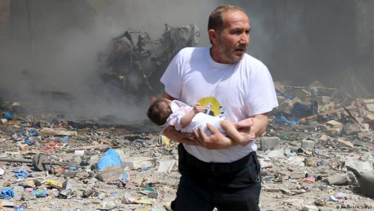 المدنيون ضحيا القصف بالبراميل المتفجرة في سوريا