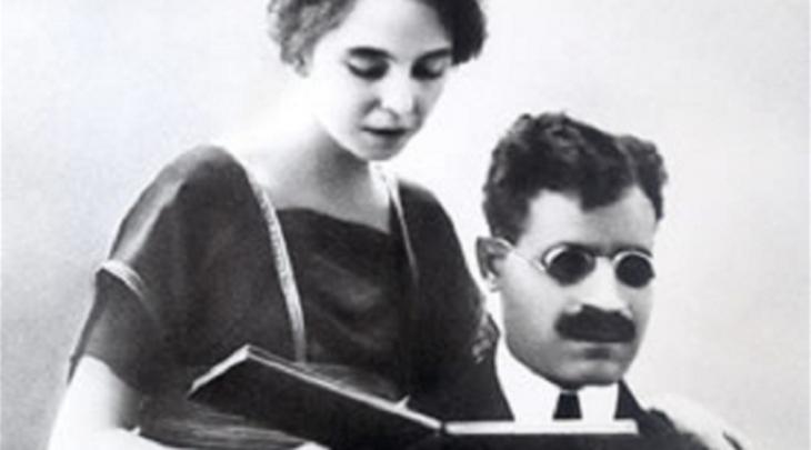طه حسين مع زوجته الفرنسية. taha_hussein_mit_seiner_franzoesichen_frau
