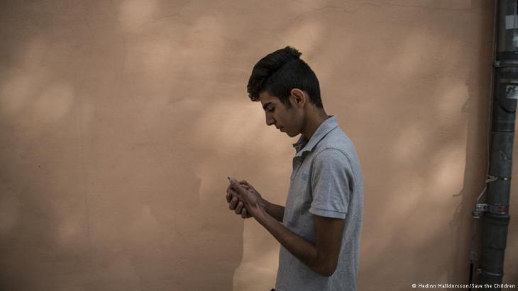خلال الهروب حمل وليد مسؤولية كبيرة على عاتقه، إذ هرب مع والدته وشقيقيه، في حين بقي والده في سوريا. Foto: Save the Children
