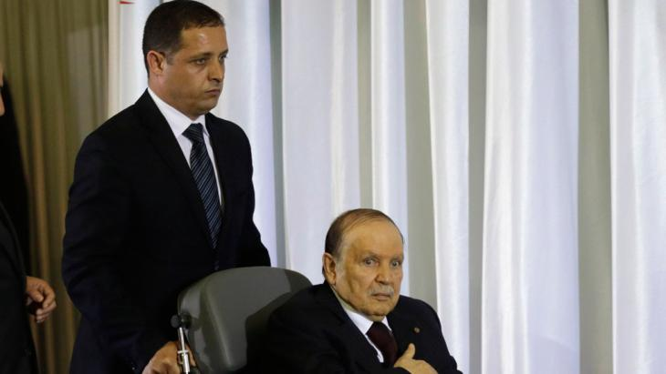 في يوم 28 أبريل 2014 بوتفليقة يحلف يمين الولاية الرابعة كرئيس للجزائر.Foto: Reuters