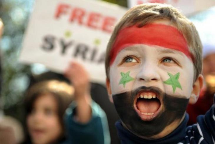 طفل سوري يحتج على ديكتاتورية الأسد في مارس/ آذار عام 2011. Foto: DW