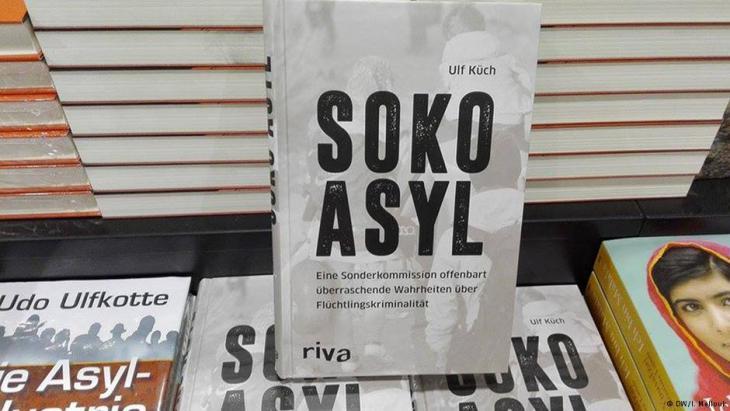 """كتاب """"سوكو اللجوء"""" يفند الأحكام المسبقة ضد اللاجئين والاشتباه بجميعهم كمجرمين"""