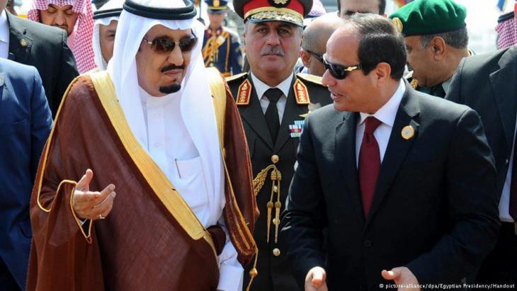 """قررت السعودية وقف مساعداتها للبنان بسبب مواقف اعتبرتها """"مناهضة"""". الرياض تستخدم وارداتها للعب دور """"القوة الإقليمية العظمى المنفردة"""" حسب مراقبين. فهل ستقوم أيضا بمعاقبة القاهرة وقطع المساعدات عنها بسبب المواقف تجاه سوريا؟"""