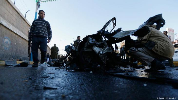 بعد انهزام مسلحي الحوثيين وصالح وانسحابهم منها شهدت مدينة عدن مقر الحكومة اليمنية  هجمات بشكل شبه يومي تُنسب إلى الجهاديين.