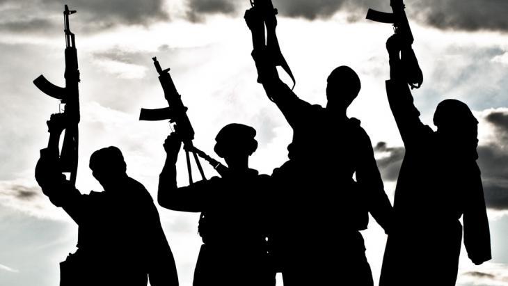 صورة رمزية للجهاديين. Foto: Colourbox/krbfss