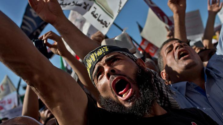 salafisten in Kairo fordern die Einführung der Scharia in Ägypten; Foto: Foto: Bernat Armangue/AP