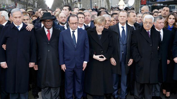 مسيرة نضامن وحزن في باريس في يوم 11 يناير/ كانون الثاني 2015.Foto: Reuters/Wojazer