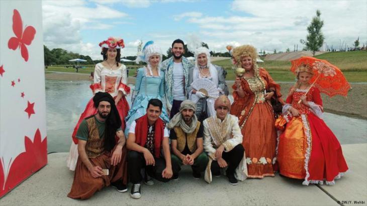 مسرحية لدمج السوريين الشباب من خلال الفن، مشروع تبنته جمعية الباروك في مقاطعة تورينغن الألمانية