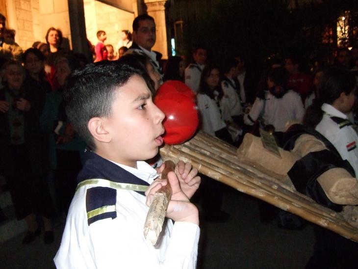 احتفالات في يوم الجمعة العظيمة في إحدى كنائس دمشق. Foto: Mende