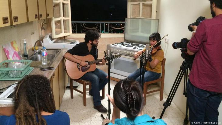 هاني مصطفى وياسمين سامي من مصر أثناء التصوير