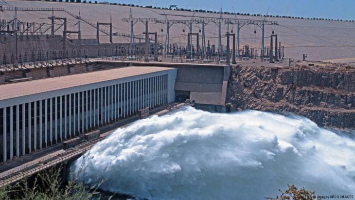 سد أسوان العالي في مصر