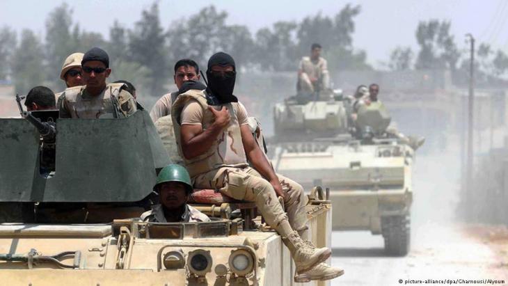 رجال أمن مصريون في سيناء.