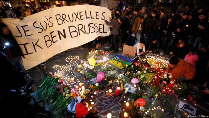 حزن وتضامن مع ضحايا تفحير في بروكسل. Foto: Reuters